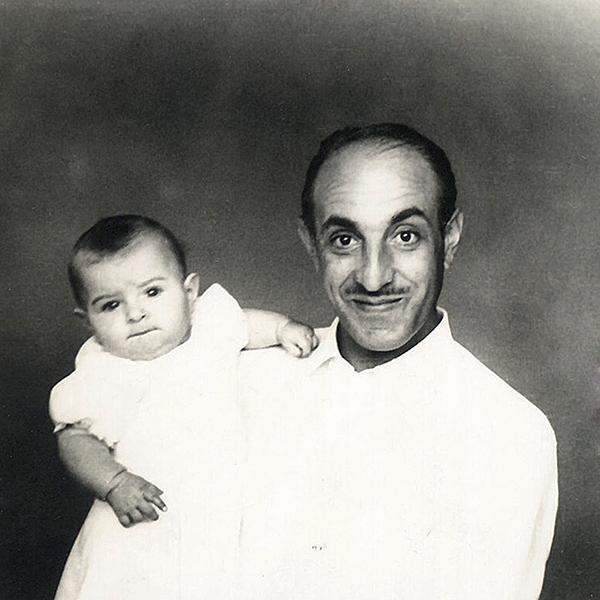 Con mi padre, Miguel  Torres Cárdenas, 1945.