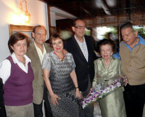 Homenaje a Nora Bustamante. Con Krina Ber, Heberto Gamero, Carlos Alarico Gómez y Eduardo Liendo en el homenaje a Nora Bustamante, grupo Visión, 2011.