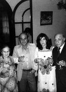 Matrimonio con Gastón Carvallo López de Ceballos. Con sus padres, Elvira López de Ceballos y Miguel Torres Cárdenas, 1975.