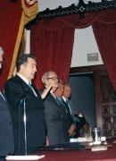Juramentación ante Oscar Sambrano Urdaneta como miembro de la Academia Venezolana de la Lengua, 2006.